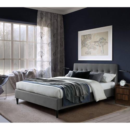 מיטת זוגית מעוצבת 180x200 בריפוד בד עם רגלי עץ מלא דגם פוני 180