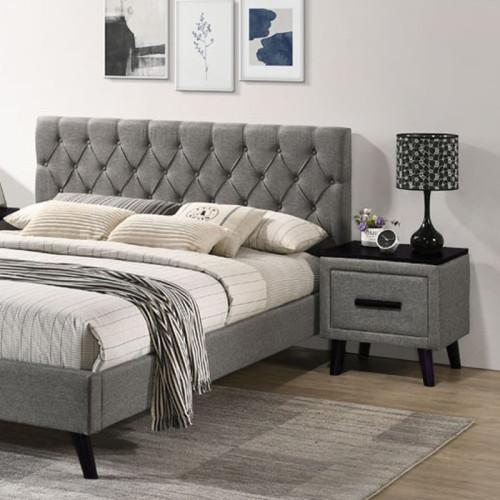 מיטה זוגית מרופדת בד + 2 שידות לילה תואמות 160/200 דגם טרייסי